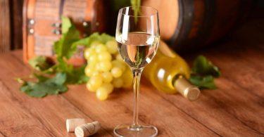 Белое вино: польза и вред