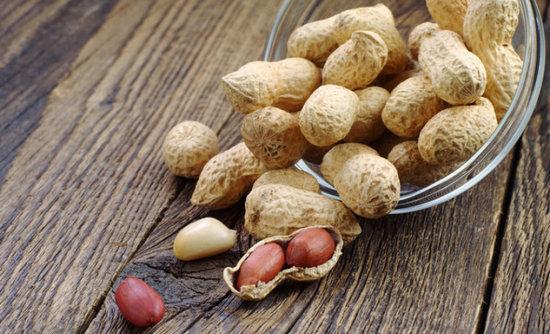 Земляной орех (арахис): польза и вред