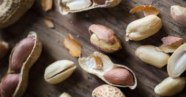 Сырой арахис: польза и вред