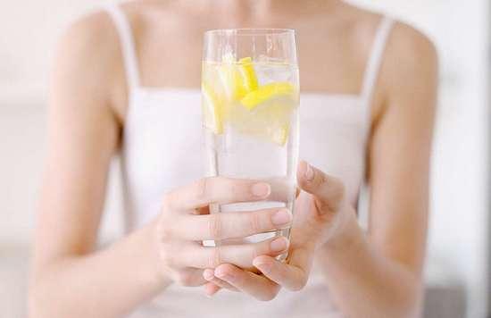 Получится ли похудеть на воде с кислым цитрусом?