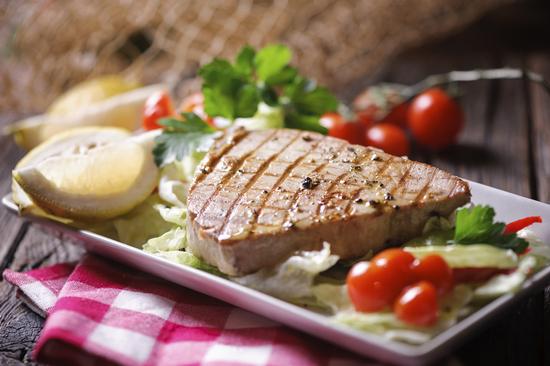 Можно ли есть мясо тунца, если сидишь на диете?