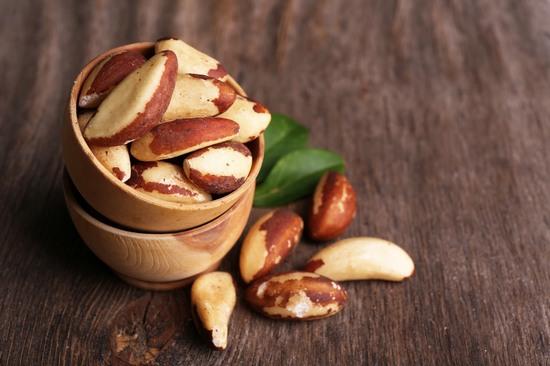 Бразильский орех: польза и вред