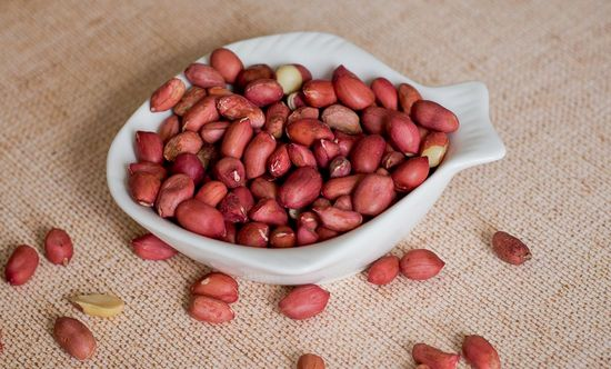 Польза и вред сырого арахиса для здоровья