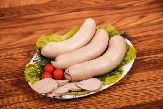 Ливерная колбаса: состав, польза и вред