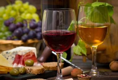 В чем польза сухого вина для организма?