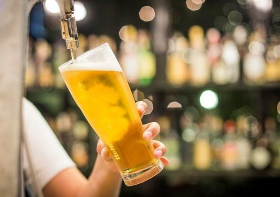 В чем вред безалкогольного пива для женщин и мужчин?