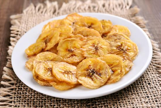 вред банановых чипсов