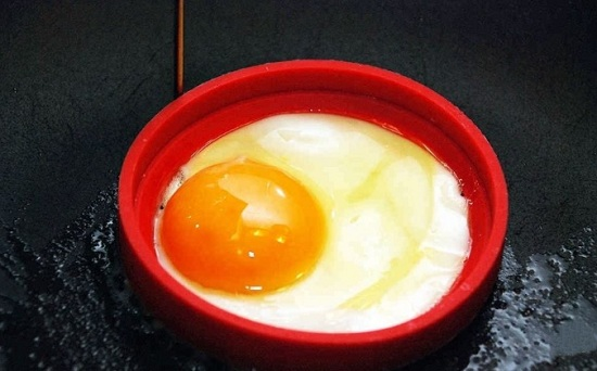 вбиваем по яйцу