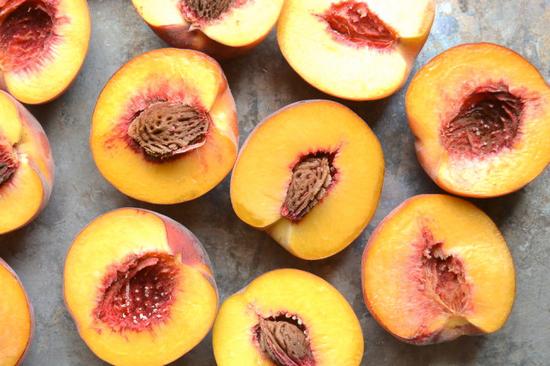 польза персиков и нектаринов