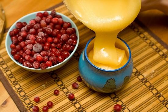 кашица чеснока с клюквой и медом