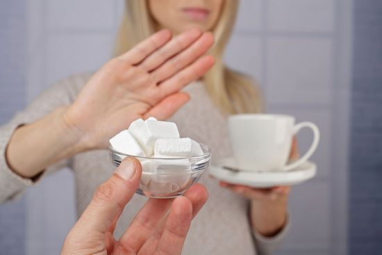 В чем заключается вред белого сахара?