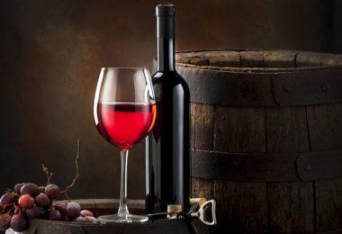 Красное сухое вино: польза и вред