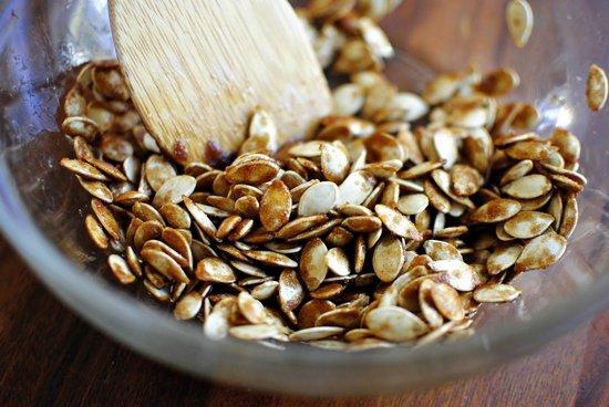 Семена тыквы: польза и вред для мужчин